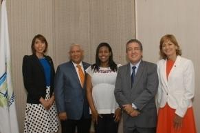 Anesther Díaz, Bienvenido Contreras, Mariely Ponciano, Luis Martín Gómez y Miriam Torres.