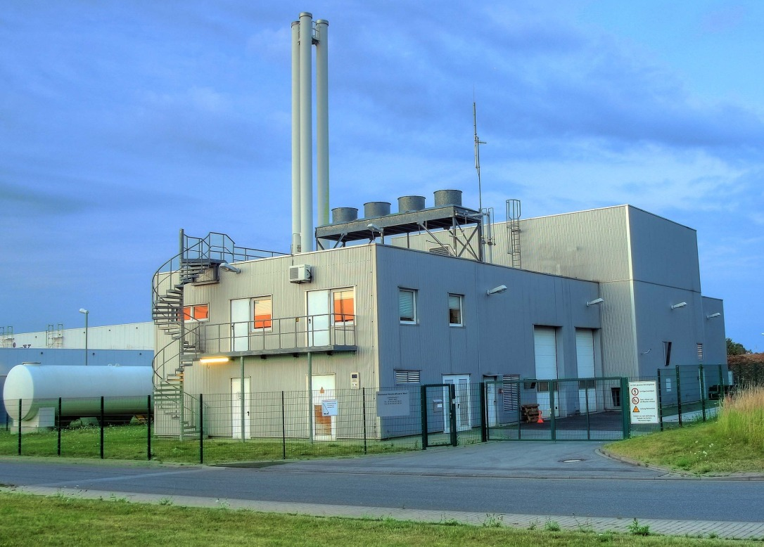 biomass-heating-power-plant-910240_1920