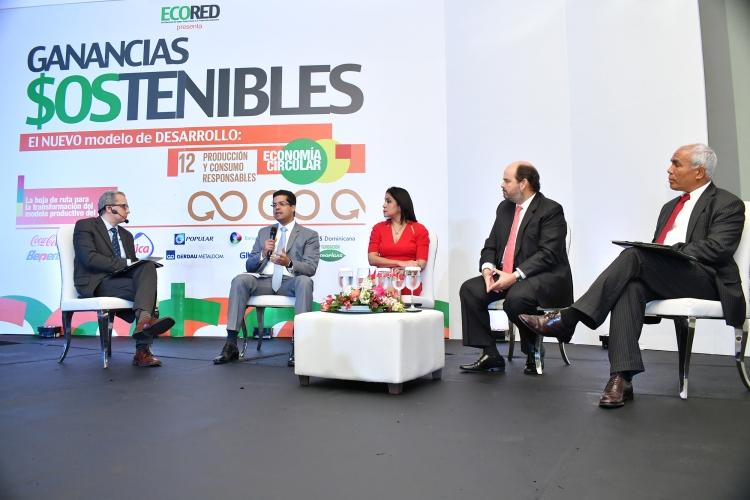 Foto 8 - Panel Los desafíos del nuevo modelo de negocios (1)