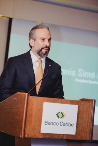 Foto 1 - Dennis Simó Álvarez, presidente ejecutivo de Banco Caribe.